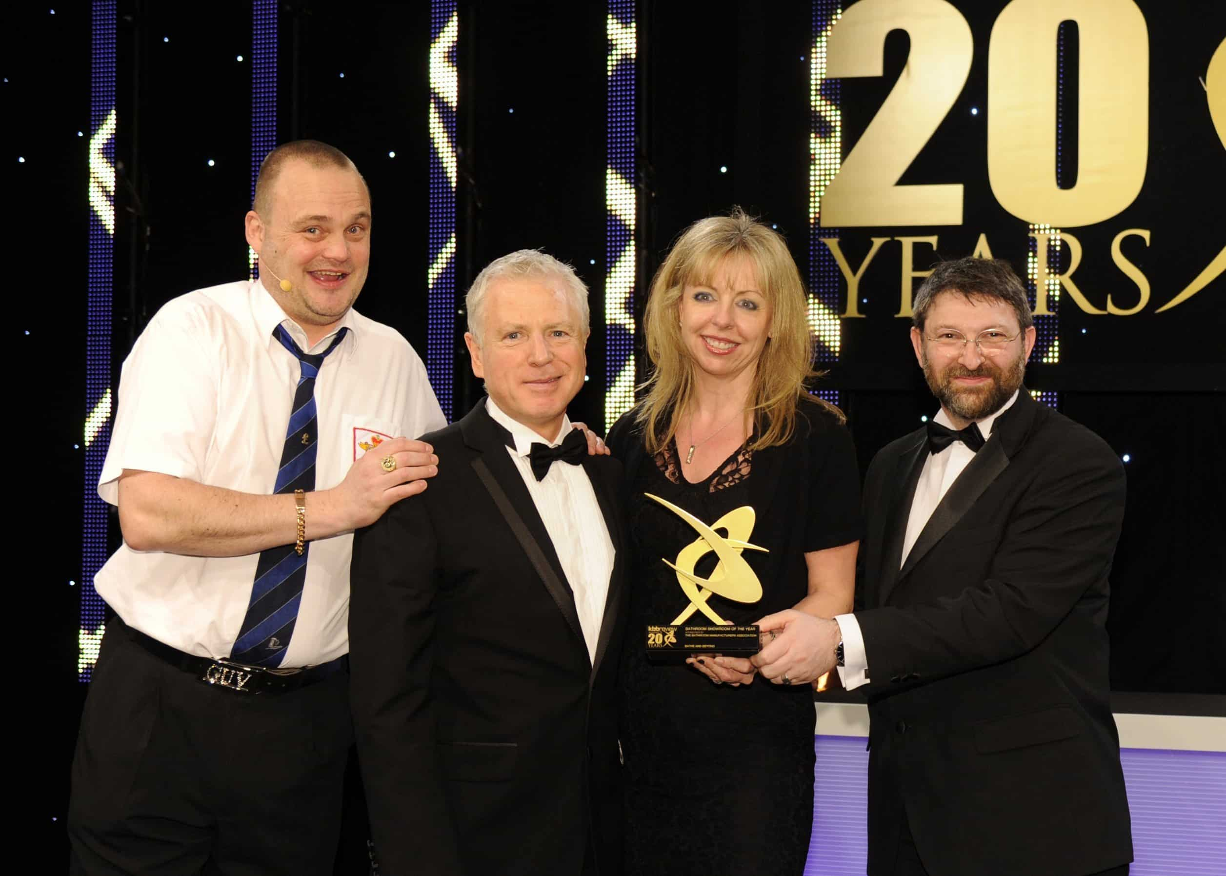 BATHE AND BEYOND WINS BATHROOM SHOWROOM OF THE YEAR 2014
